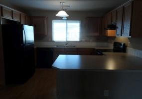 3 Bedrooms, Duplex, Manhattan, Stonemont, 2 Bathrooms, Listing ID undefined, Manhattan, Riley, Kansas, United States, 66502,
