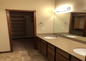 3 Bedrooms, Duplex, Wichita, Wilderness, 3 Bathrooms, Listing ID undefined, Wichita, Sedgwick, Kansas, United States, 67226,