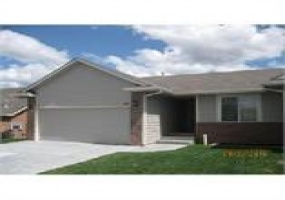 4 Bedrooms, Duplex, Manhattan, Stone, 3 Bathrooms, Listing ID undefined, Manhattan, Riley, Kansas, United States, 66502,