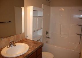 4 Bedrooms, Duplex, Andover Landing, Harvest Ridge, 3 Bathrooms, Listing ID undefined, Andover, Butler, Kansas, United States, 67002,