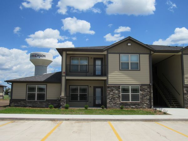 1 Bedrooms, Apartment, McPherson, Genesis Dr, 1 Bathrooms, Listing ID undefined, McPherson, McPherson, Kansas, United States, 67460,