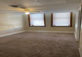 1 Bedrooms, Apartment, McPherson, N. Main, 1 Bathrooms, Listing ID undefined, mcpherson, mcpherson, Kansas, United States, 67460,